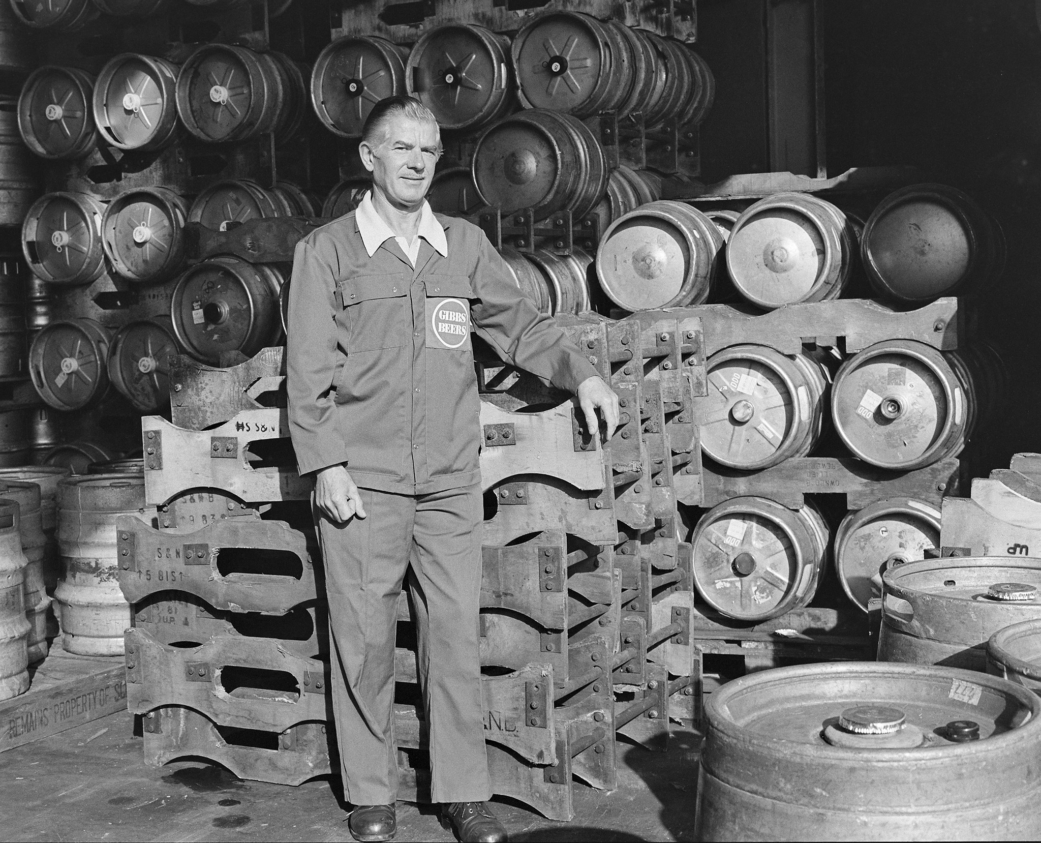 Worker at Gibbs Mew Brewery Salisbury c1987